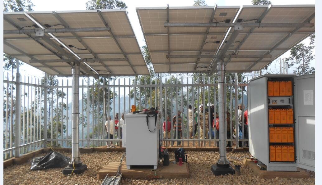 solar ground pole mounting system